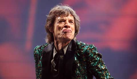 Mick Jagger. Por el morro.